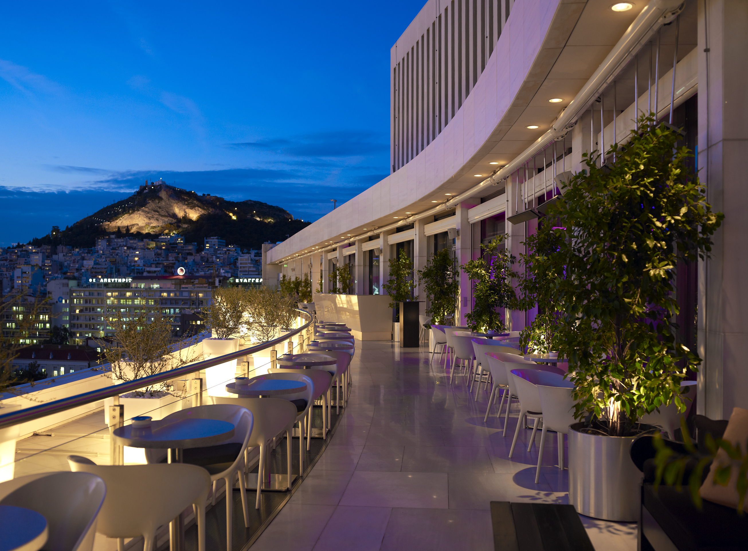 Vue sur ath nes athens with a view esprit gourmand for Terraces opening times