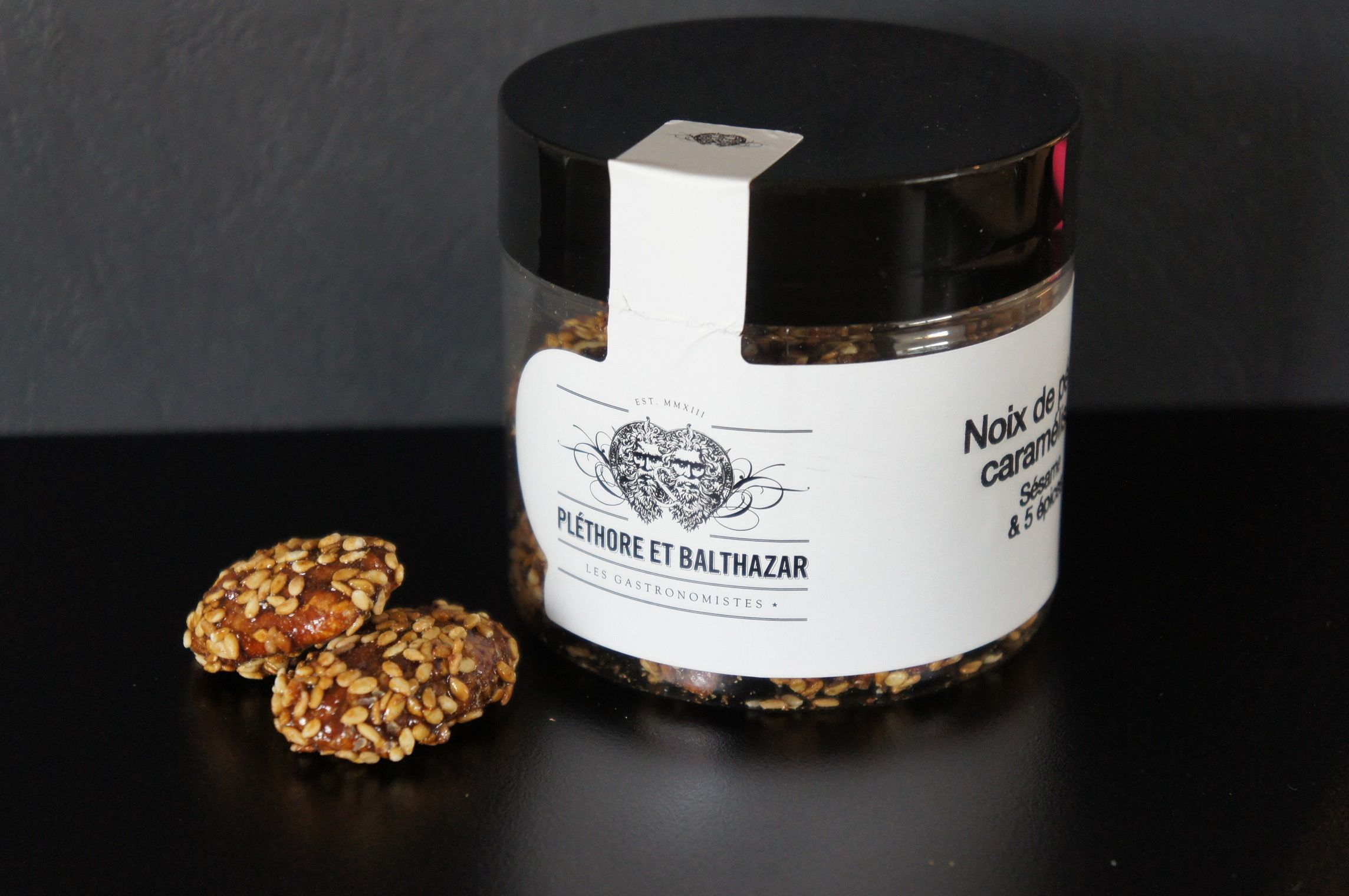 Pléthore et Balthazar Noix de pécan caramélisées sésame 5 épices